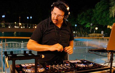 DJ רונן מרטון
